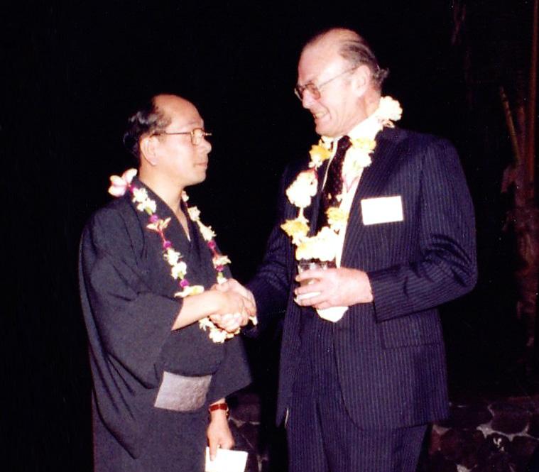 1975年ラザール・キャプラン社とダイヤモンド輸入契約を締結したハワイでのレセプション