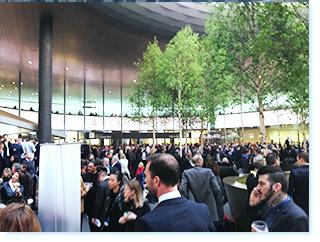 スイス バーゼルワールド、世界最大の腕時計の商談会に参加。会場内の写真。