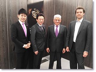 スイス バーゼルワールド、世界最大の腕時計の商談会に参加。商談相手と写真。