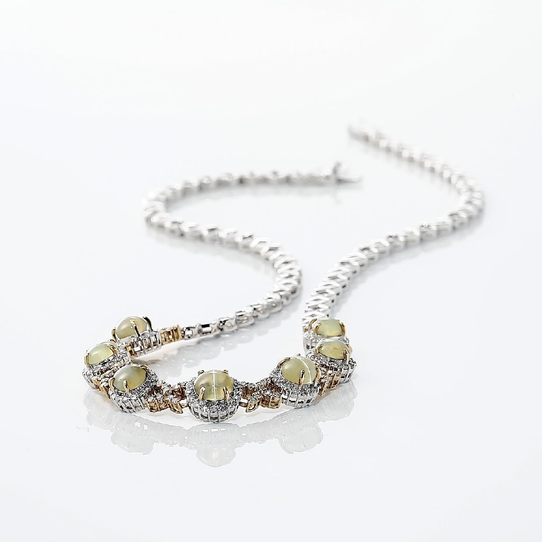 キャッツアイとダイヤモンドのネックレス 02