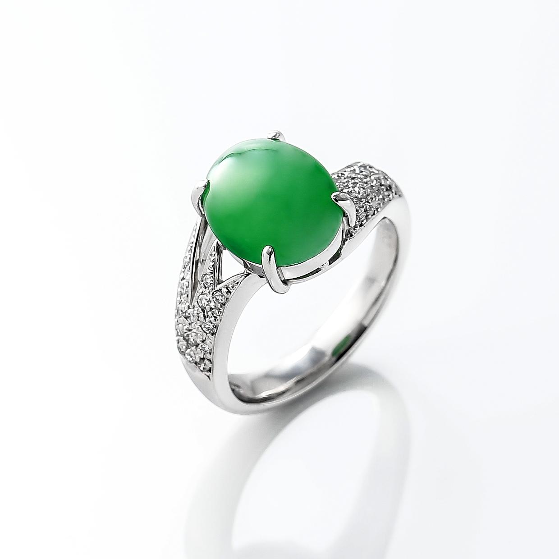 ヒスイとダイヤモンドのリング 01