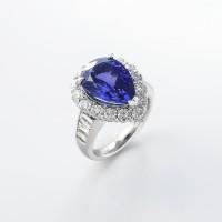 タンザナイトとダイヤモンドのリング 01