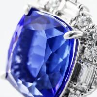 タンザナイトとダイヤモンドのリング 03