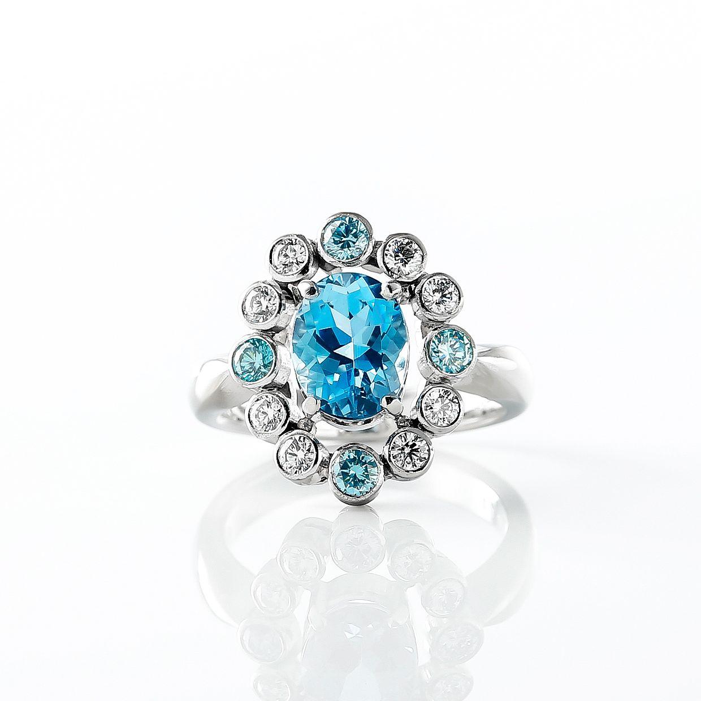 アクアマリンとブルーダイヤモンドのリング 02