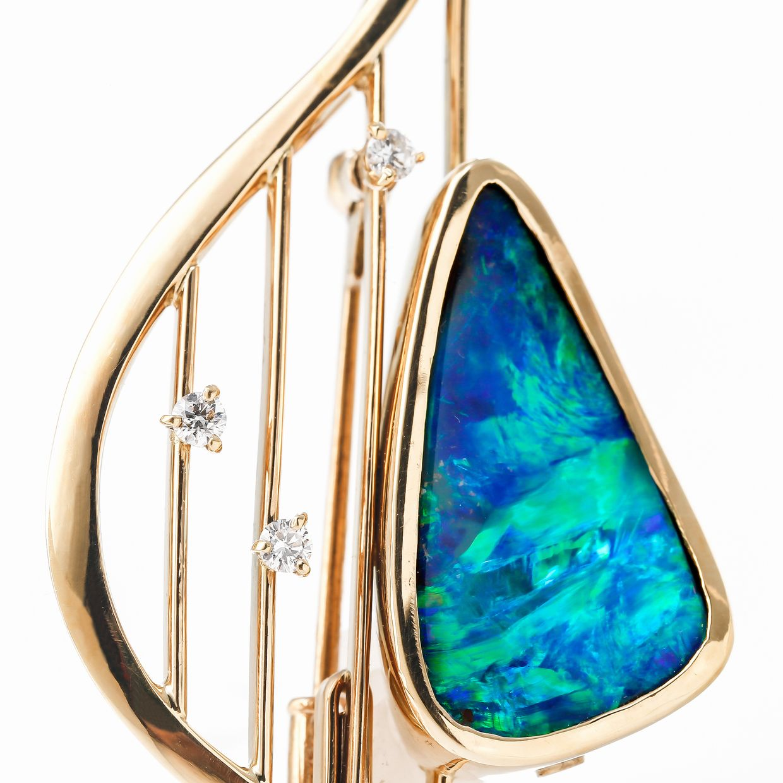 ボルダーオパールとダイヤモンドのネックレス 02