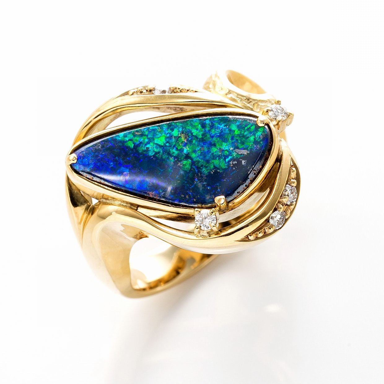 ボルダーオパールとダイヤモンドのリング 01