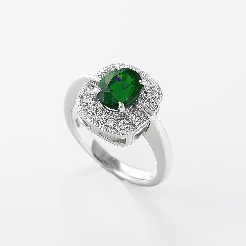 カラーチェンジガーネットとダイヤモンドのリング 01