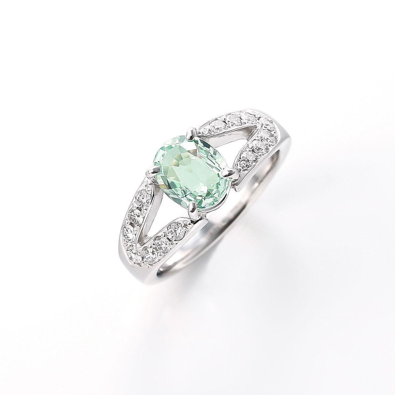 グロッシュラーガーネットとダイヤモンドのリング 01