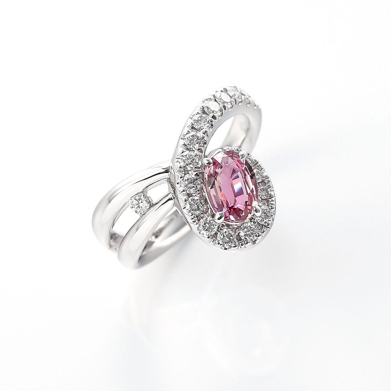パパラチアサファイアとダイヤモンドのリング 01