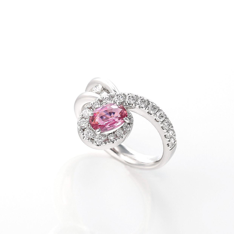 パパラチアサファイアとダイヤモンドのリング 02