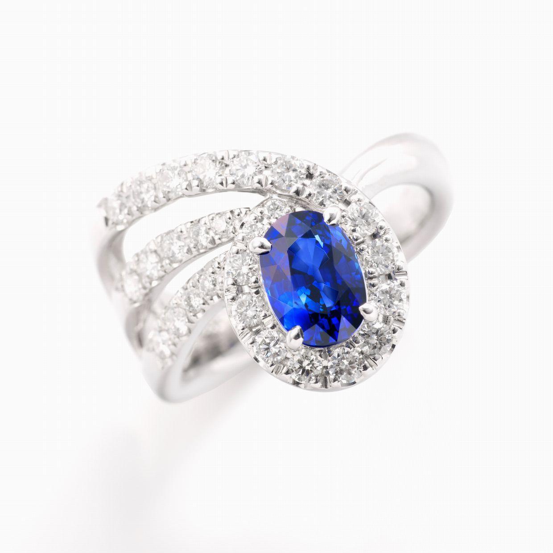 サファイアとダイヤモンドのリング 01