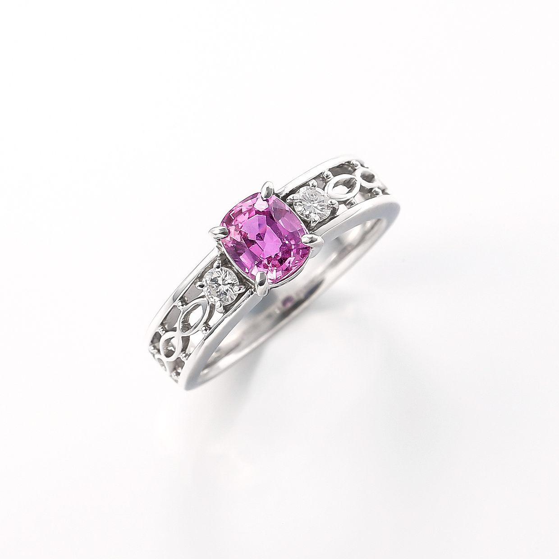 ノンヒートピンクサファイアとダイヤモンドのリング 01