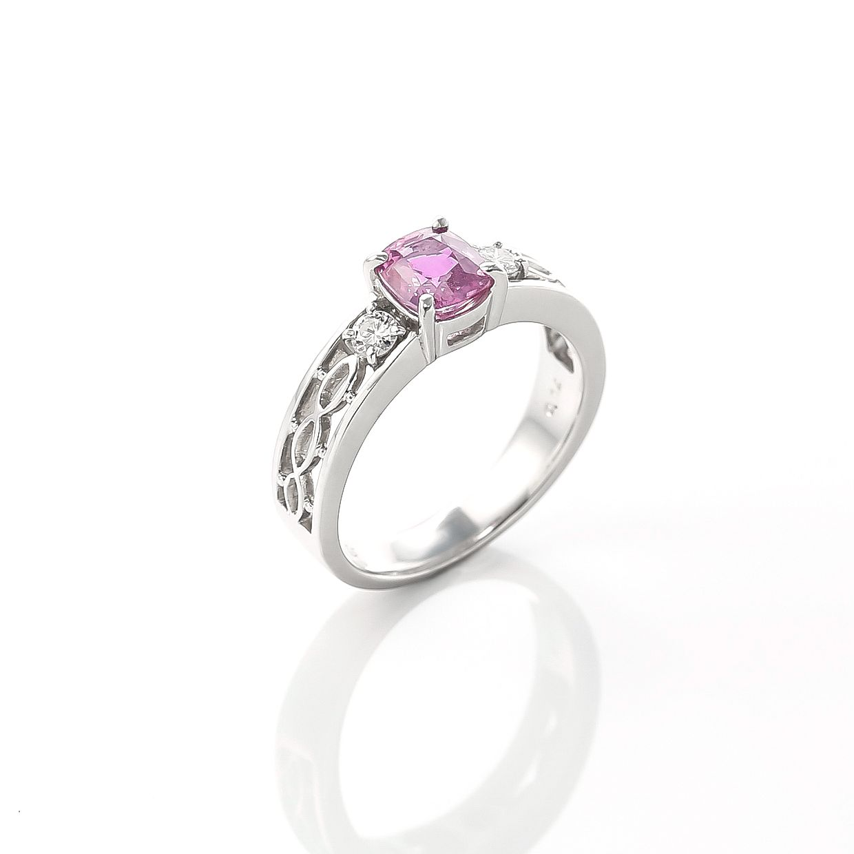 ノンヒートピンクサファイアとダイヤモンドのリング 02