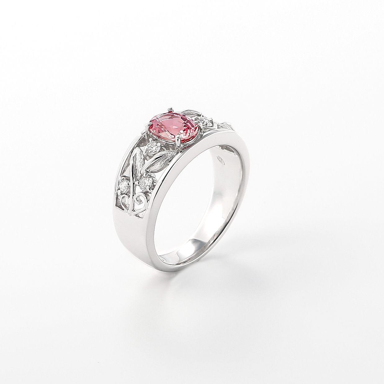 サファイアとダイヤモンドのリング 02