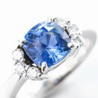 サファイアとダイヤモンドのリング 03
