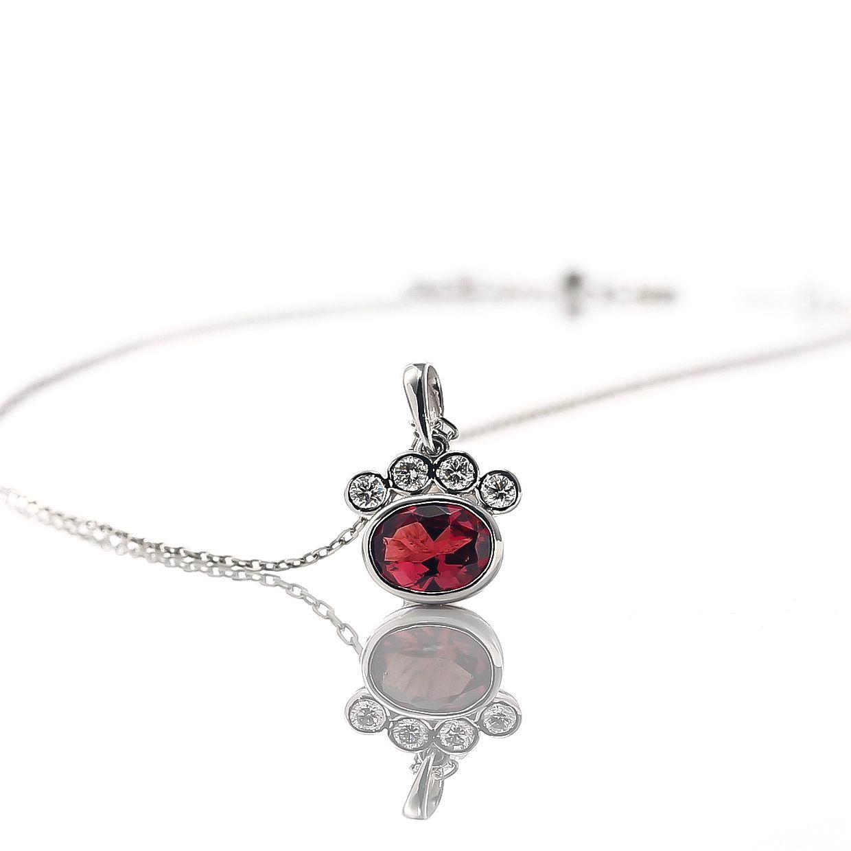 ガーネットとダイヤモンドのネックレス 02