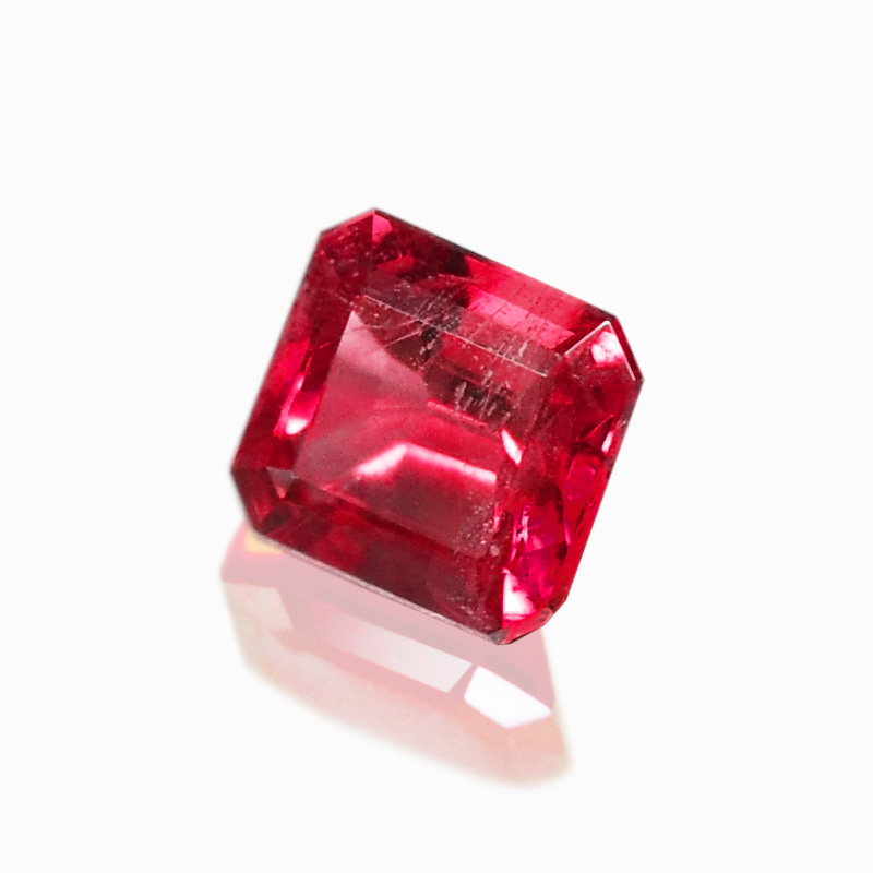 トップジェムクオリティ-レッドベリル-ハナジマの宝石