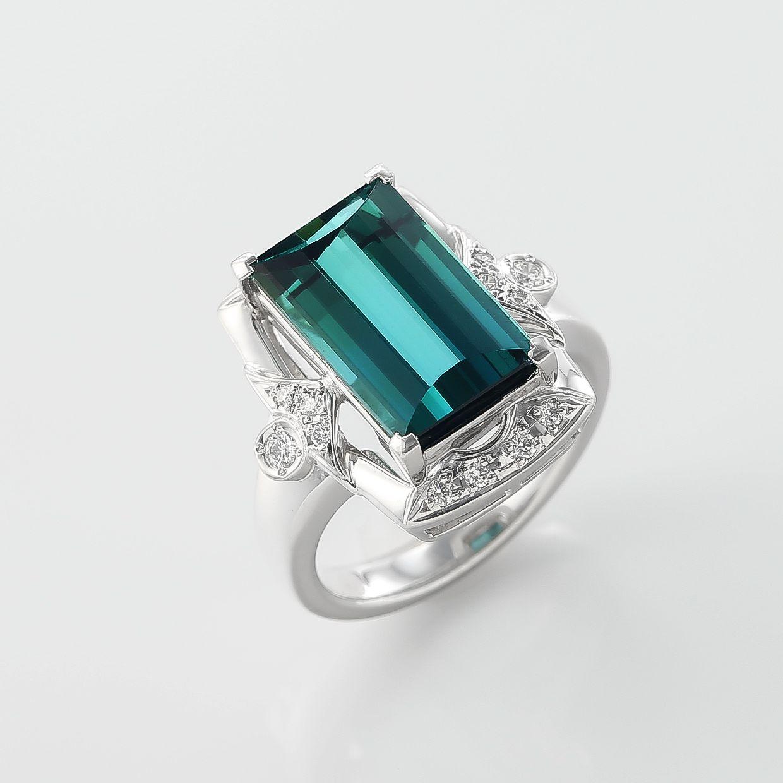 グリーントルマリンとダイヤモンドのリング 01