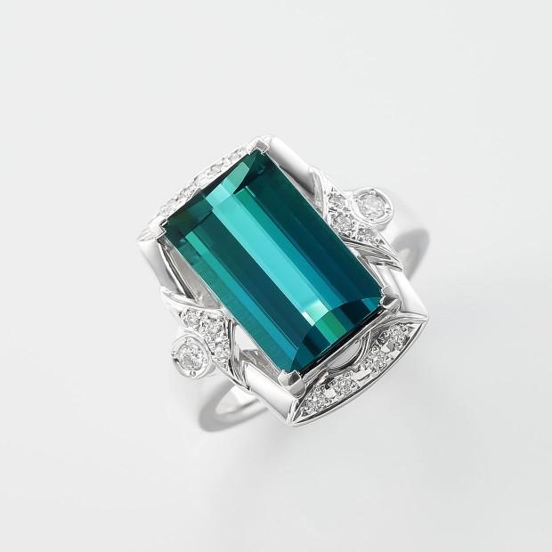 グリーントルマリンとダイヤモンドのリング 02