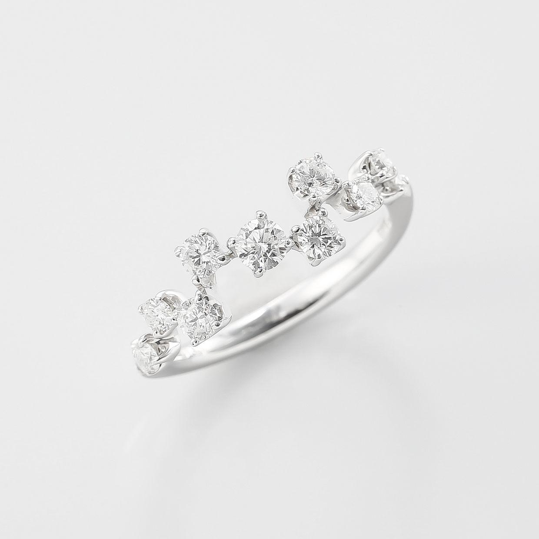 11ピースのダイヤモンドのリング 01