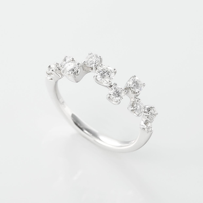 11ピースのダイヤモンドのリング 02