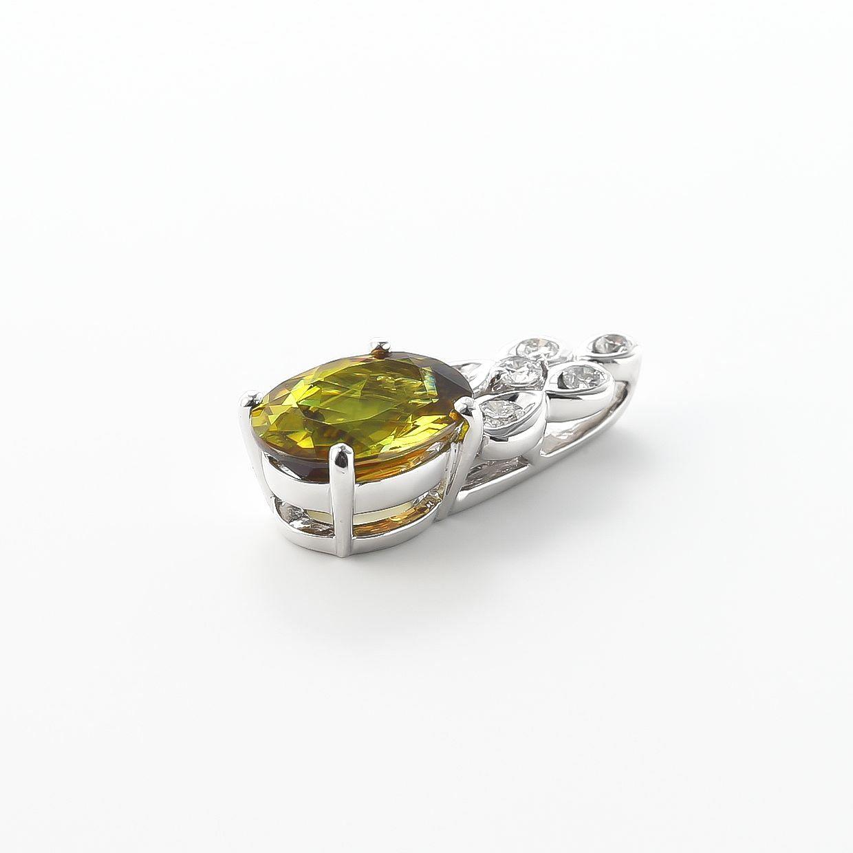 スフェーンとダイヤモンドのネックレス 02