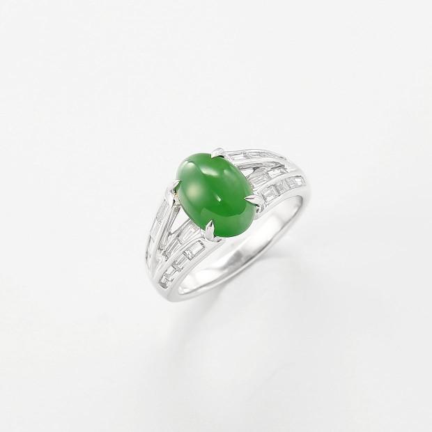 バケットのダイヤモンド入りの翡翠リング 01