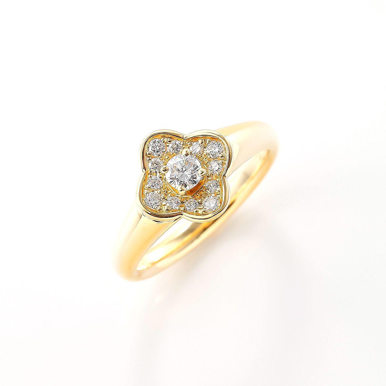 華やかで可愛らしいゴールドのお花の指輪01