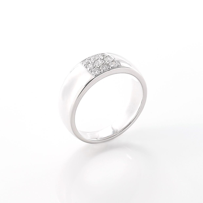 9つのダイヤモンドのリング 02