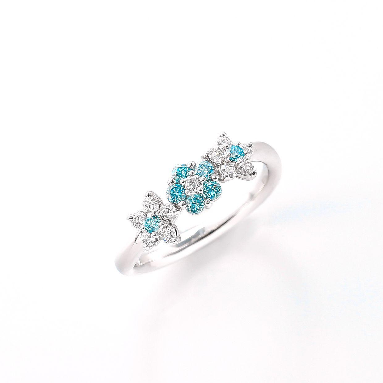 プラチナのブルーダイヤリング 01