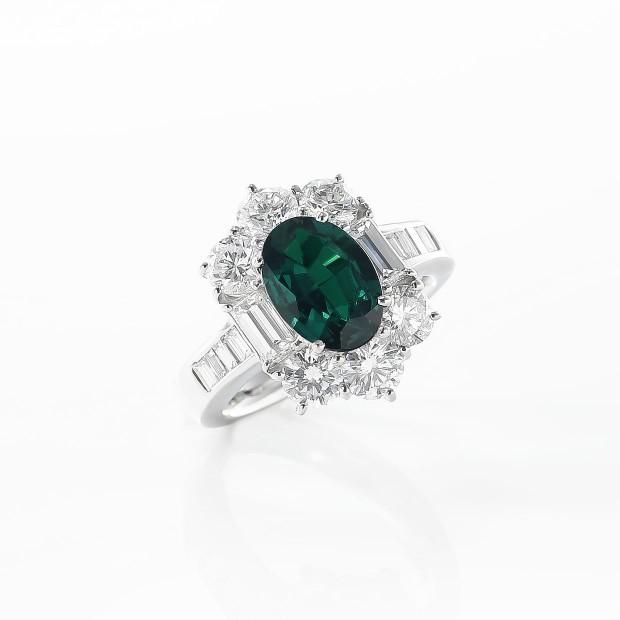 アレキサンドライトとダイヤモンドのリング 02