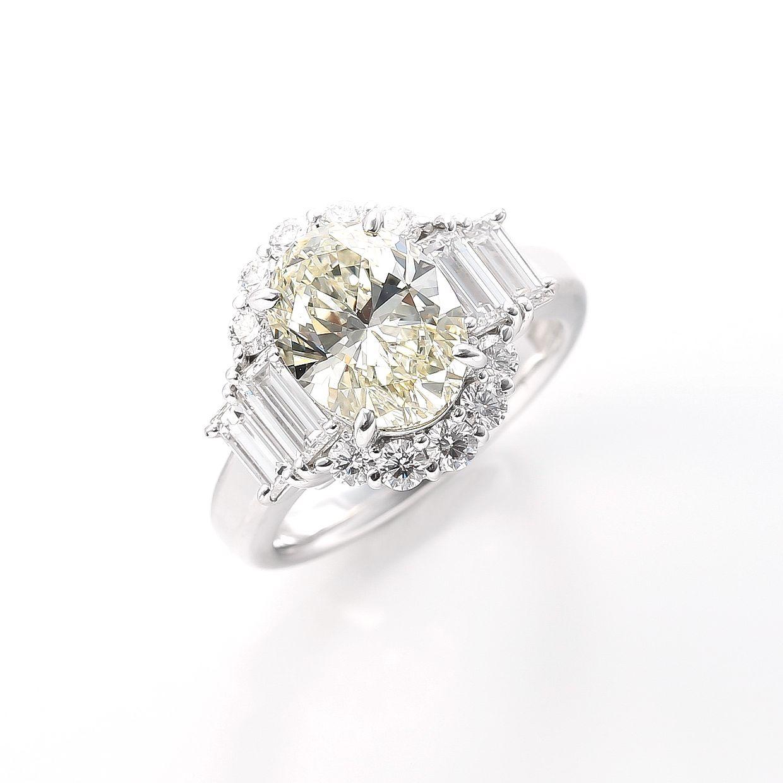 3ctオーバーの大粒に輝くオーバルダイヤモンドリング 01