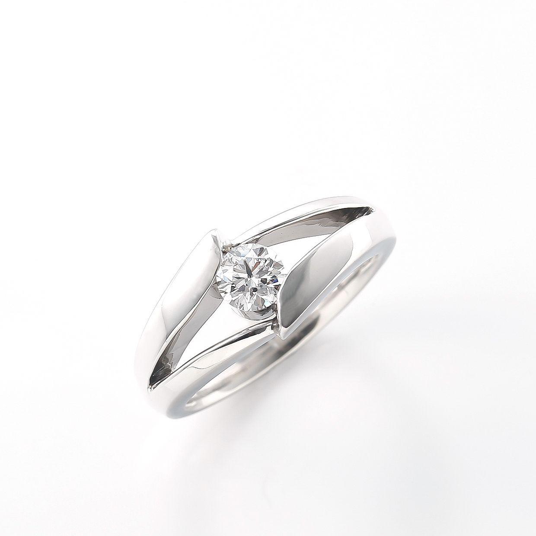 シンプルデザインダイヤモンド01