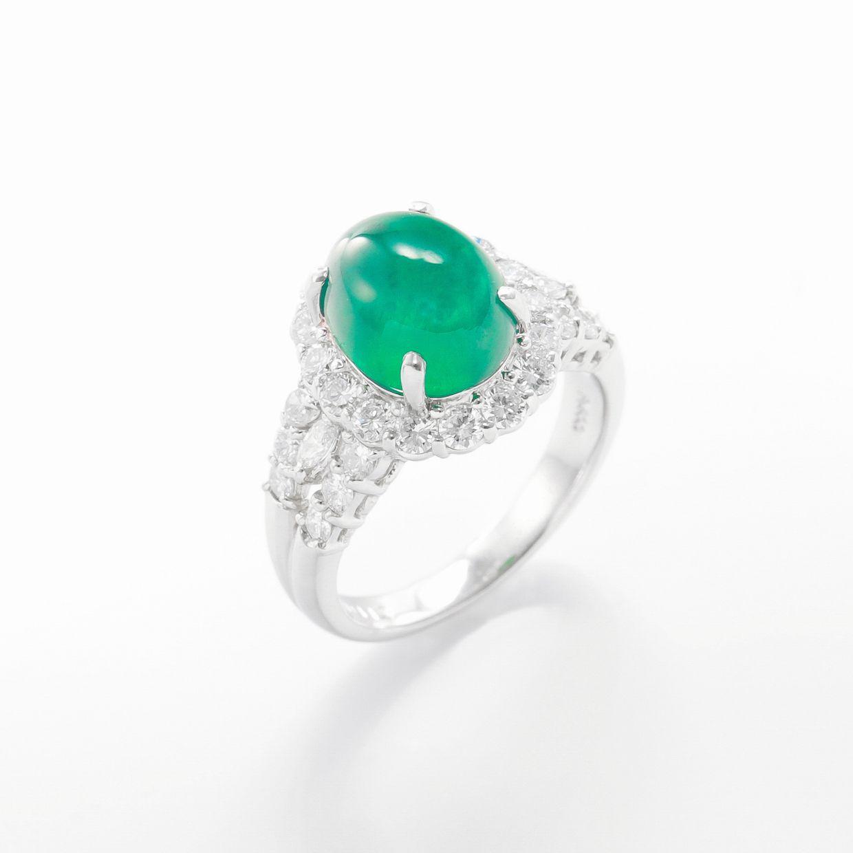 カボションエメラルドとダイヤモンドのリング01