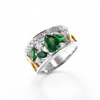 グリーンガーネットとダイヤモンドのリング02