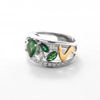グリーンガーネットとダイヤモンドのリング03