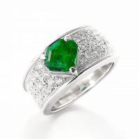 エメラルドとダイヤモンドのリング04