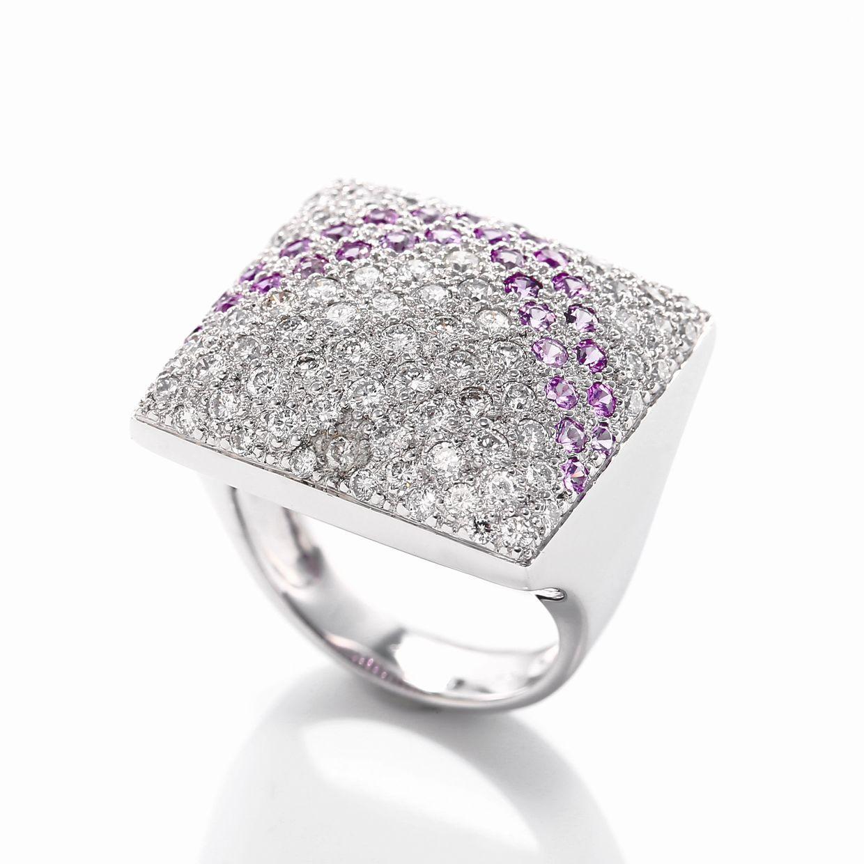 ピンクサファイアとダイヤモンドのリング02