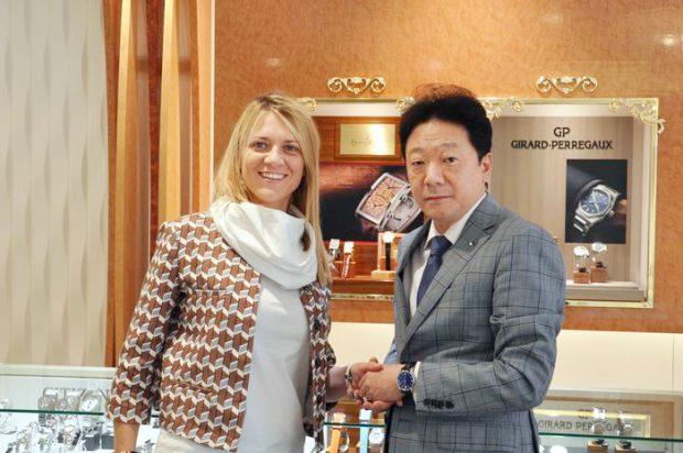 クエルボ・イ・ソブリノスの エリアマネージャーであるシャンタル・バロンシェリー氏がスイスより初来店