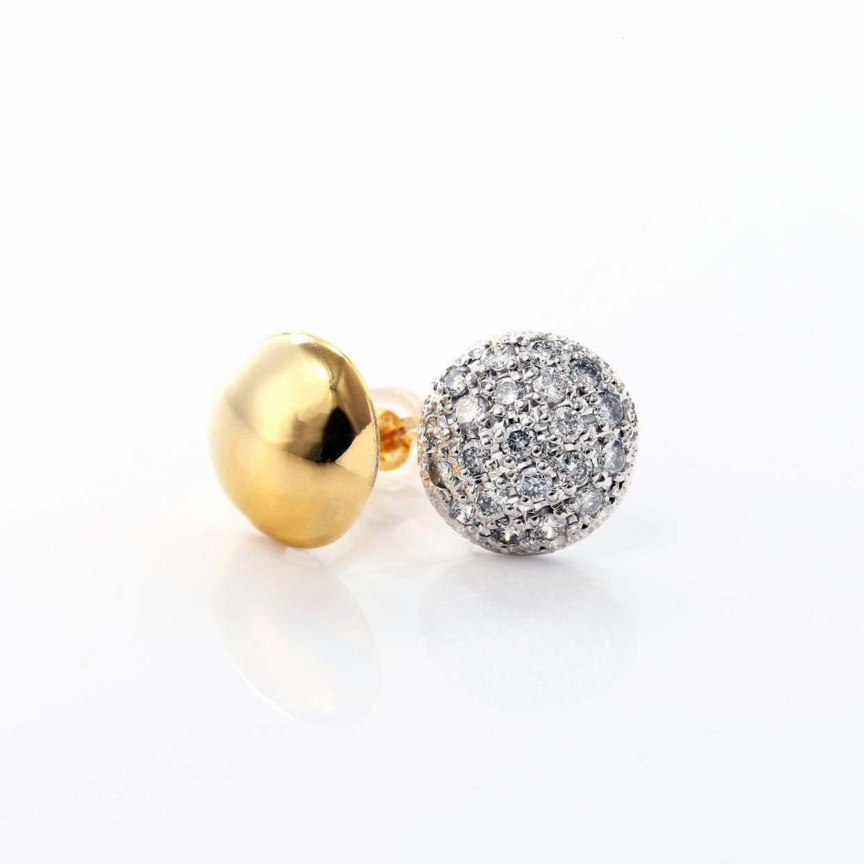 ダイヤモンド入りピアス01