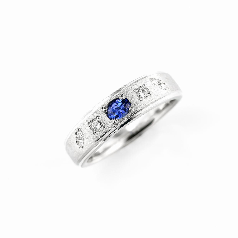 サファイアとダイヤモンドのペンダント01