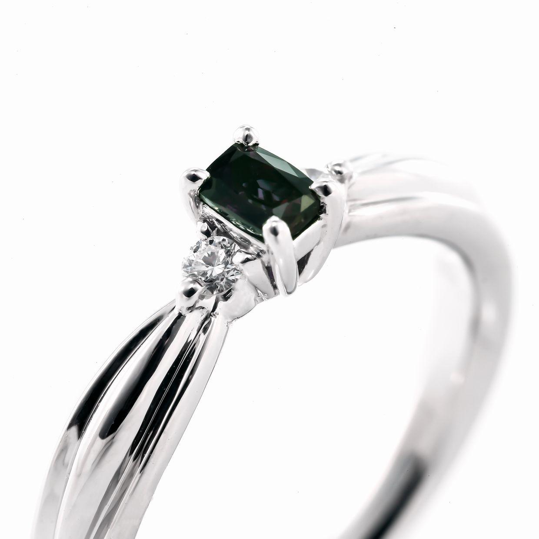 アレキサンドライトとダイヤモンドのリング02