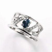 アレキサンドライトとダイヤモンドのリング04