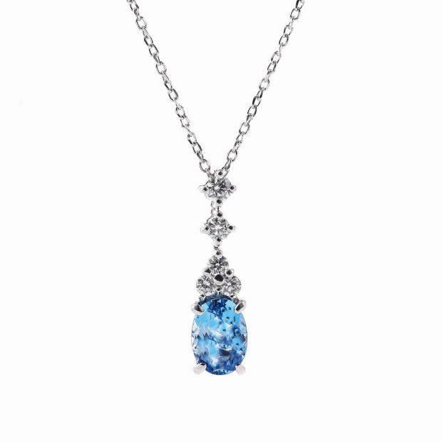 アクアマリンとダイヤモンドのネックレス04