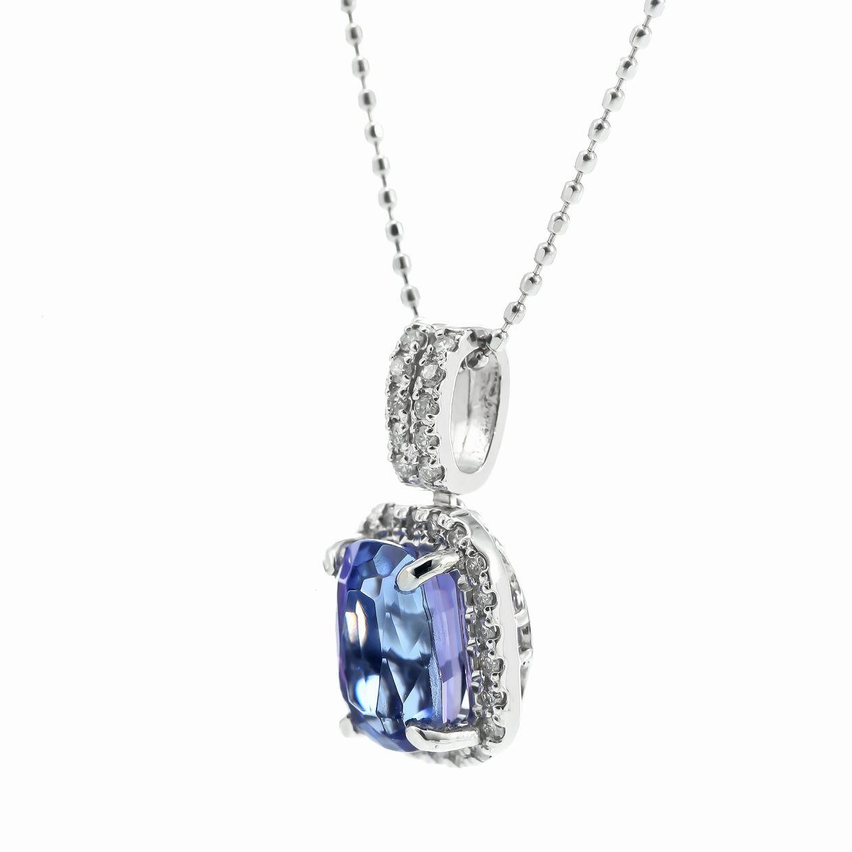 タンザナイトとダイヤモンドのネックレス01