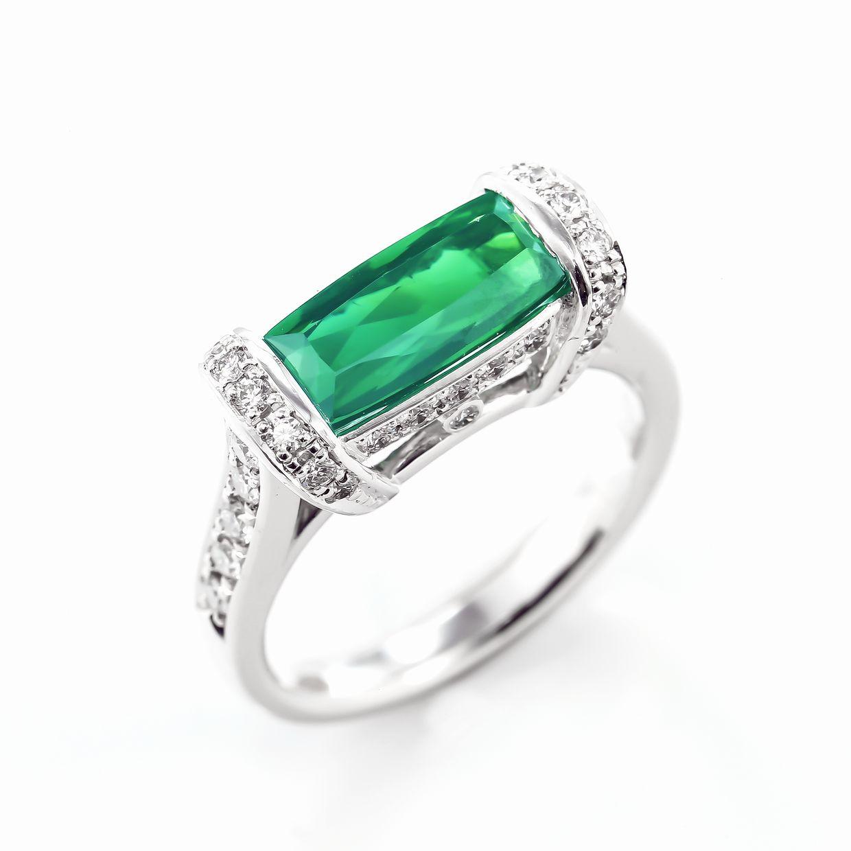 グリーントルマリンとダイヤモンドのリング01