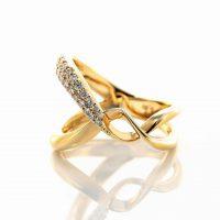 ダイヤモンドのリング 03