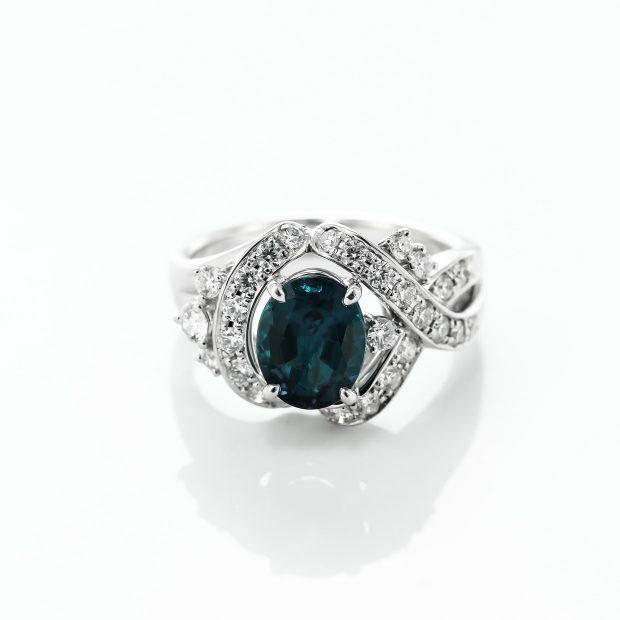 アレキサンドライトとダイヤモンドのプラチナリング4