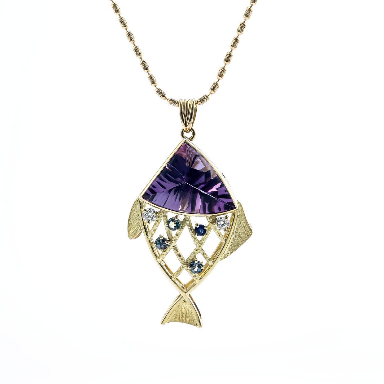 アメシストとダイヤモンドのネックレス 01