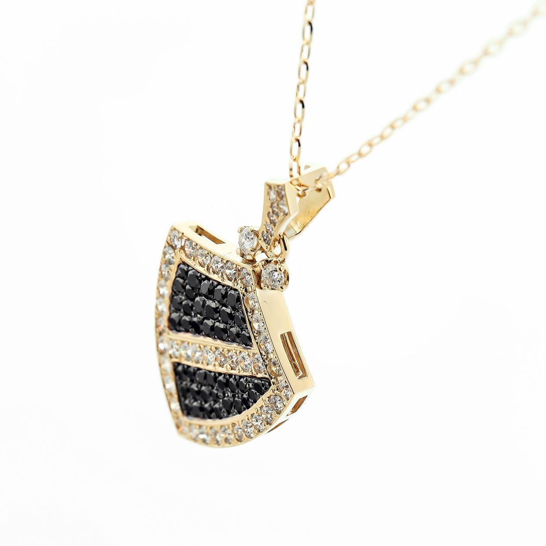 ダイヤモンド入りブラックダイヤモンドのゴールドペンダント1